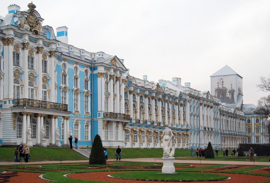 Большой екатерининский дворец в